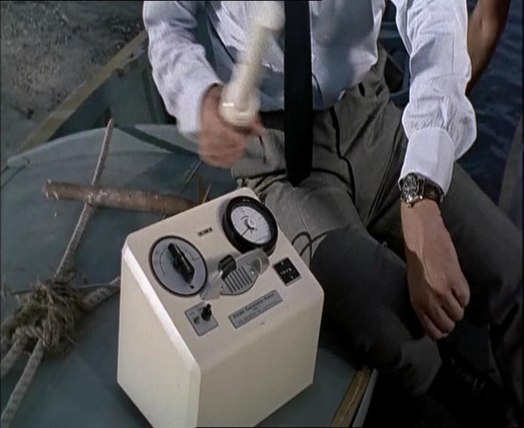 Geiger counter (Dr. No).JPG