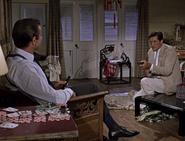 «Это « Смит и Вессон ». Всего шесть пуль»