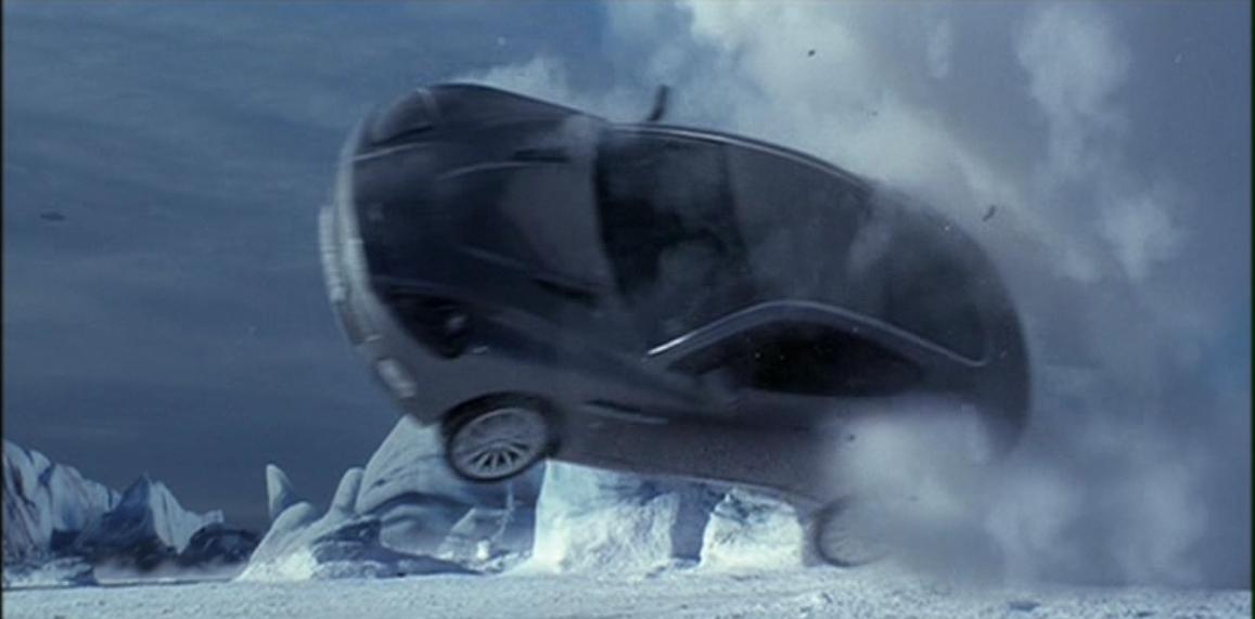 Aston Martin V12 Vanquish (Умри, но не сейчас 9).JPG
