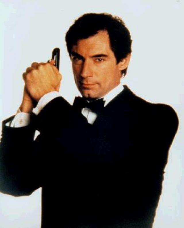 Timothy Dalton Bond.jpg