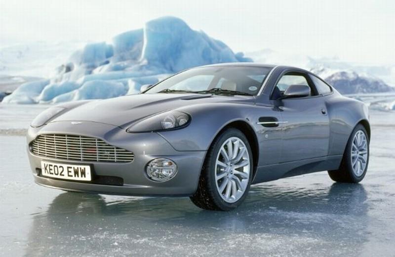 Aston Martin V12 Vanquish.jpg