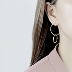 Hafsa B's avatar