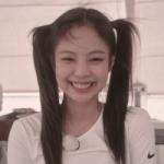 Lesyeuxdelia's avatar