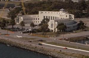 Melanu Clinic Psychiatric Hospital, Treasure Island, Chicago
