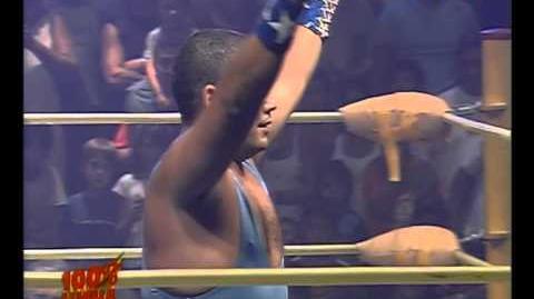 Hip Hop Man Vs Mario Moran - 100% Lucha