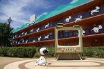 Disneys-All-Star-Movies-Resort Full 7573