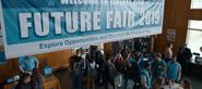 S04E01-Winter-Break-058-Future-Fair
