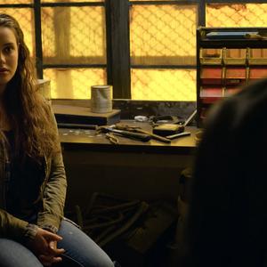 S02E05-The-Chalk-Machine-053-Hallucination-Hannah.png
