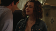 S01E11-Tape-6-Side-A-034-Hannah-Baker