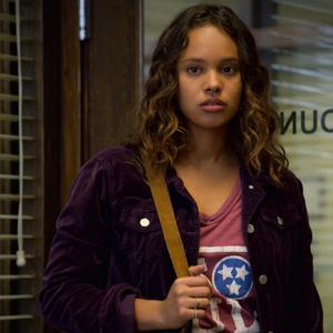 S02E05-The-Chalk-Machine-072-Jessica-Davis.png