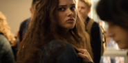 S02E04-The-Second-Polaroid-046-Hannah-Baker