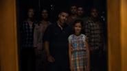 S03E06-You-Can-Tell-the-Heart-of-a-Man-by-How-He-Grieves-084-Padilla-Family