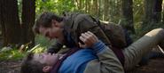 S04E04-Senior-Camping-Trip-058-Charlie-Justin