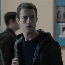 S03E04-Angry-Young-and-Man-040-Clay-Jensen.png