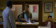 S02E10-Smile-Bitches-057-Kevin-Justin