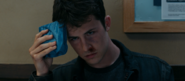 S04E01-Winter-Break-075-Clay-Jensen