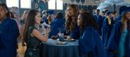 S04E10-Graduation-115-Estela-Jessica-Ani