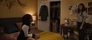 S04E02-College-Tour-062-Ani-Jessica