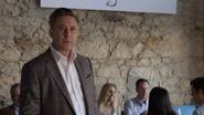 S03E06-You-Can-Tell-the-Heart-of-a-Man-by-How-He-Grieves-011-Barry-Walker
