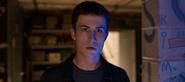 S04E01-Winter-Break-087-Clay-Jensen