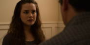 S02E08-The-Little-Girl-036-Hannah-Baker