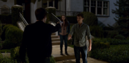 S02E11-Bryce-and-Chloe-093-Clay-Hallucination-Hannah-Justin