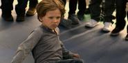 S02E12-The-Box-of-Polaroids-001-Little-Justin