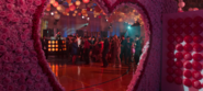 S04E03-Valentine's-Day-054-Love-is-Love-Dance