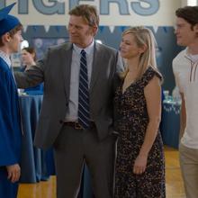 S04E10-Graduation-120-Alex-Bill-Carolyn-Peter.png