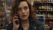 S01E10-Tape-5-Side-B-020-Hannah-Baker