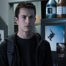 S03E09-Always-Waiting-for-the-Next-Bad-News-033-Clay-Jensen.png