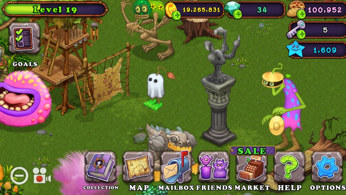 My fur corn is ghost costume in July?