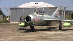 Hungarian_MiG-15_first_post-restoration_flight