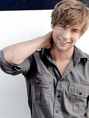 Chace-crawford-hairstyle-2010-19.jpg