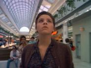 Nadia Hoffs Mall S1E3
