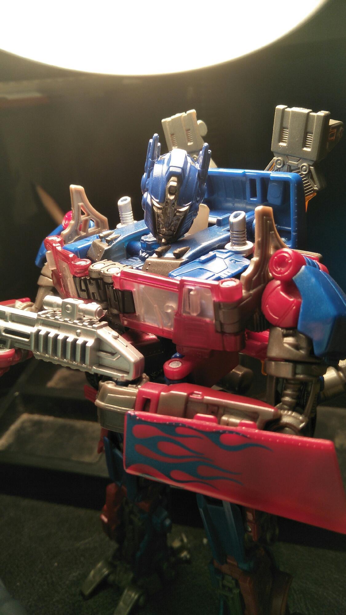 Maskless SS optimus prime