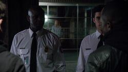 9x01 CIA guards 1