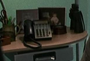 1x01 Jack office phone 2.jpg