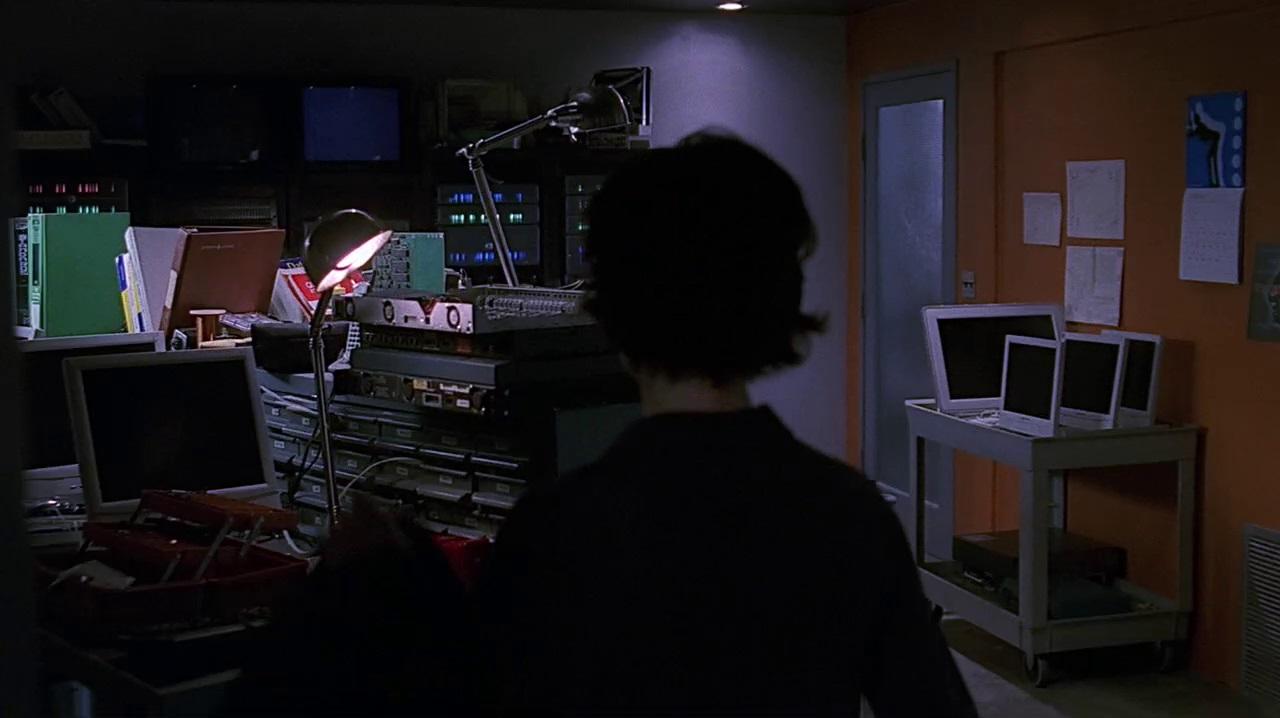 1x08 ITS room.jpg
