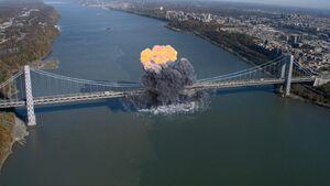 10x06 GWB Explosion.jpg