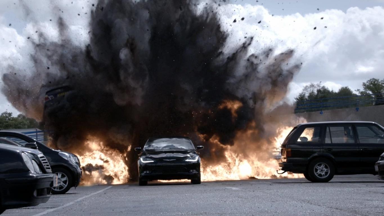 9x07 Vehicle explosion.jpg