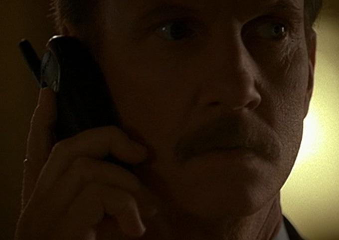 1x01 Walsh phone.jpg