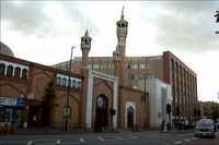 9x01 East London Mosque.jpg