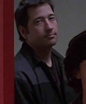 1x14 agent with Nina.jpg