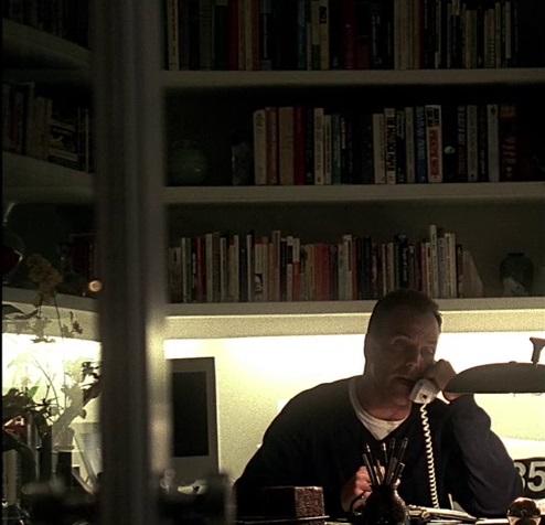 1x01 York house.jpg