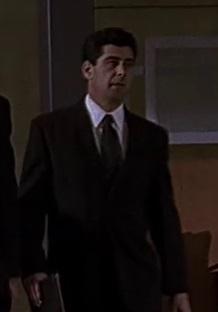 1x14 Chappelle staffer 1.jpg