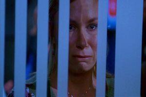 Chloe O'Brian llora.JPG