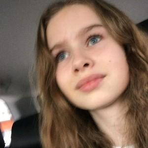 София Эс's avatar