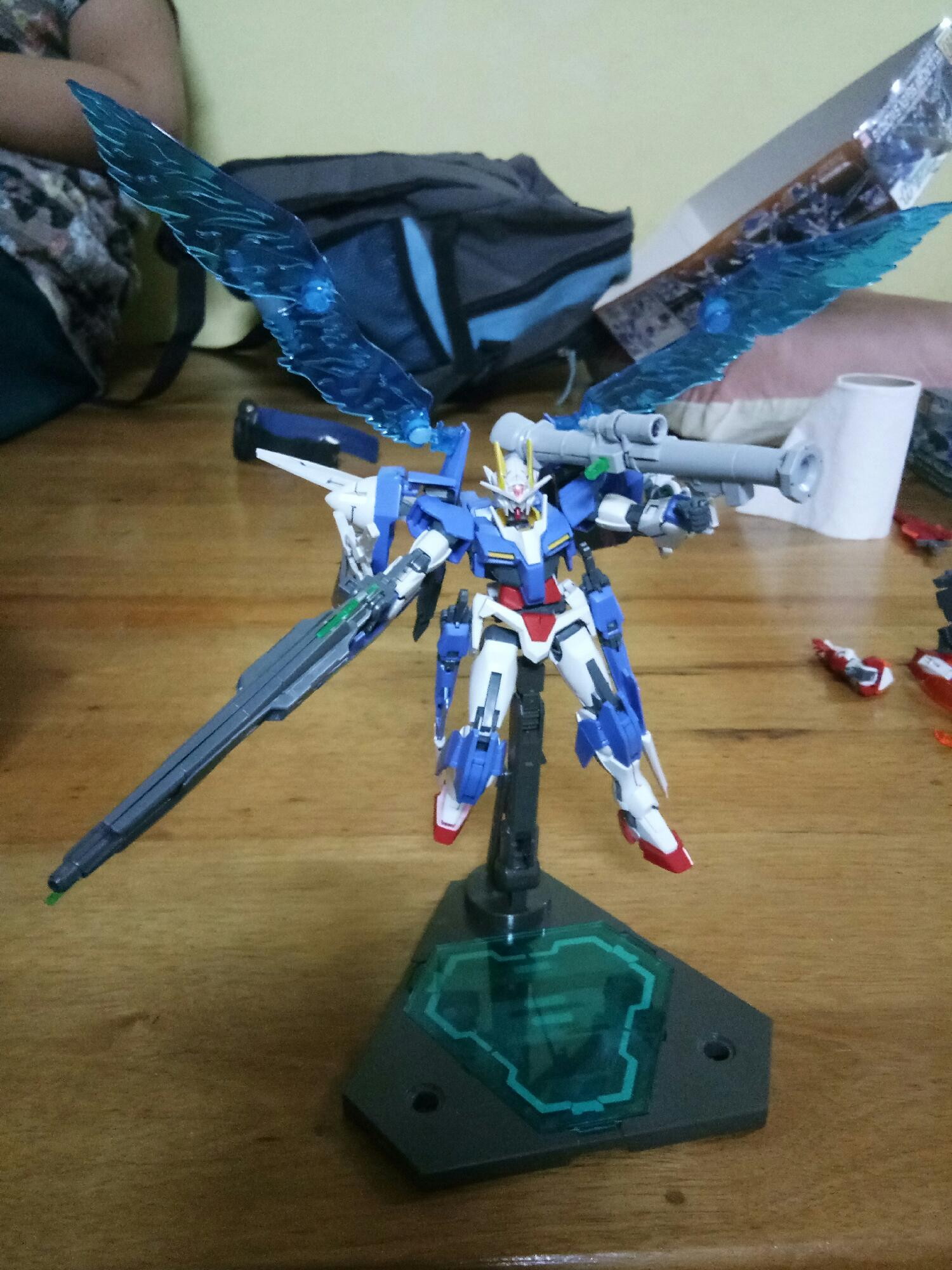 My oo gundam help me to find the name????