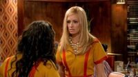 2 BROKE GIRLS - Die komplette 1